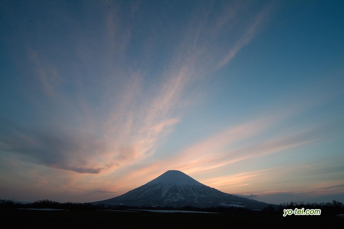 夕焼け~羊蹄山