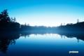 夜明け前の神仙沼と水面の金星