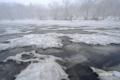 雪融けの進む神仙沼