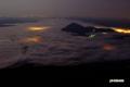 雲に浮かぶ尻別岳