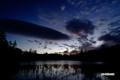 日の出近づく神仙沼