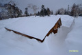 施設の屋根の雪下ろし