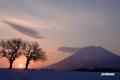 日の出・羊蹄山