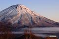 朝陽の羊蹄山