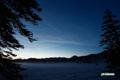 残雪の神仙沼湿原~夜明け