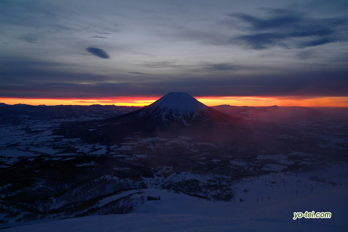 羊蹄山~日の出前