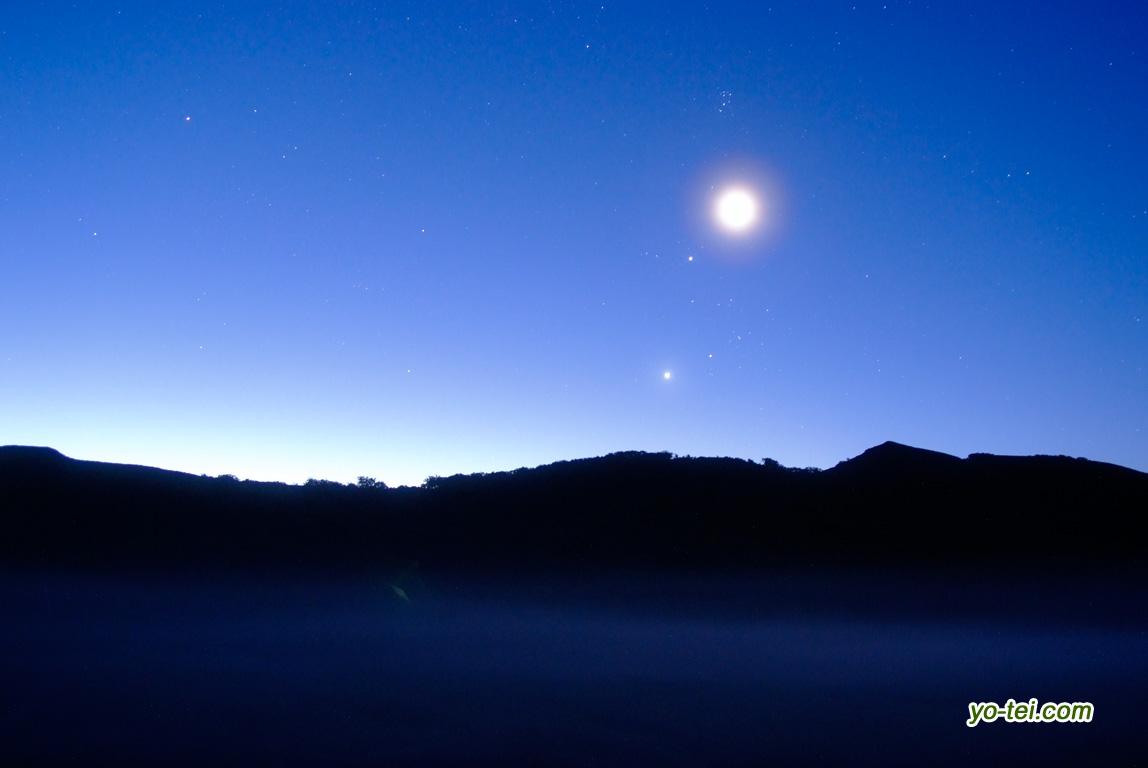 大谷地~夜明け(月・金星・木星・ぎょしゃ座・おうし座)
