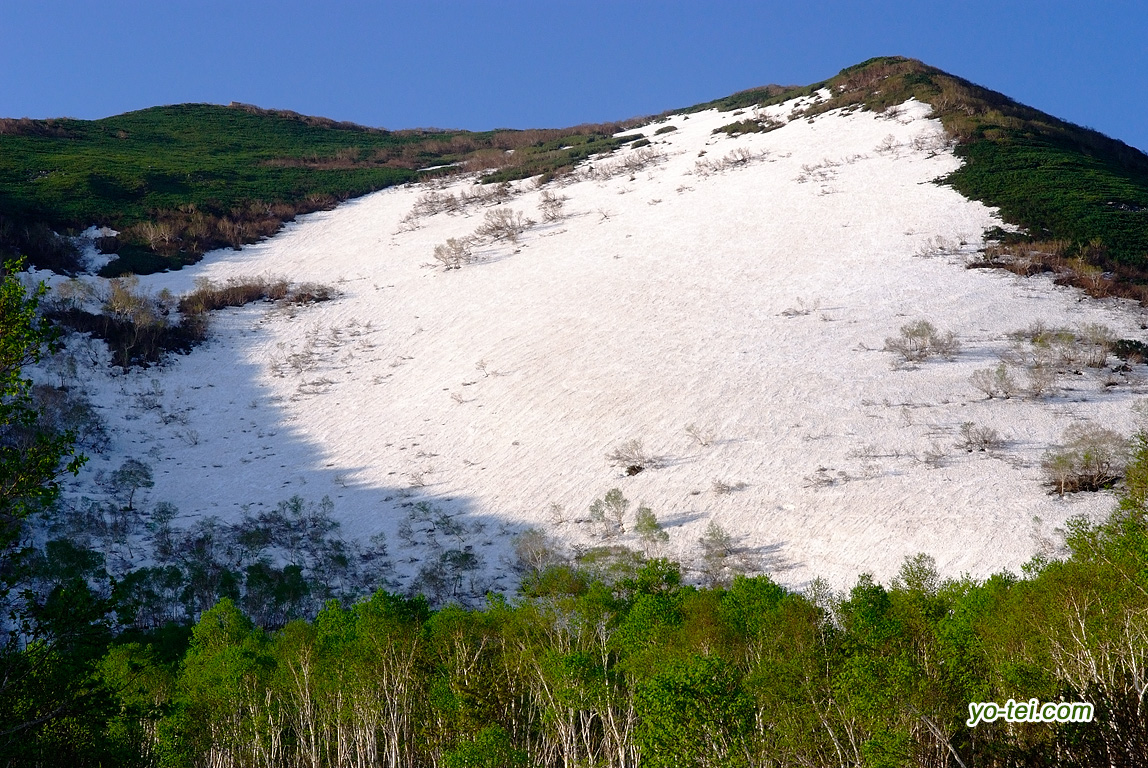 残雪のニセコアンヌプリ