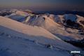 朝陽のニセコ連峰