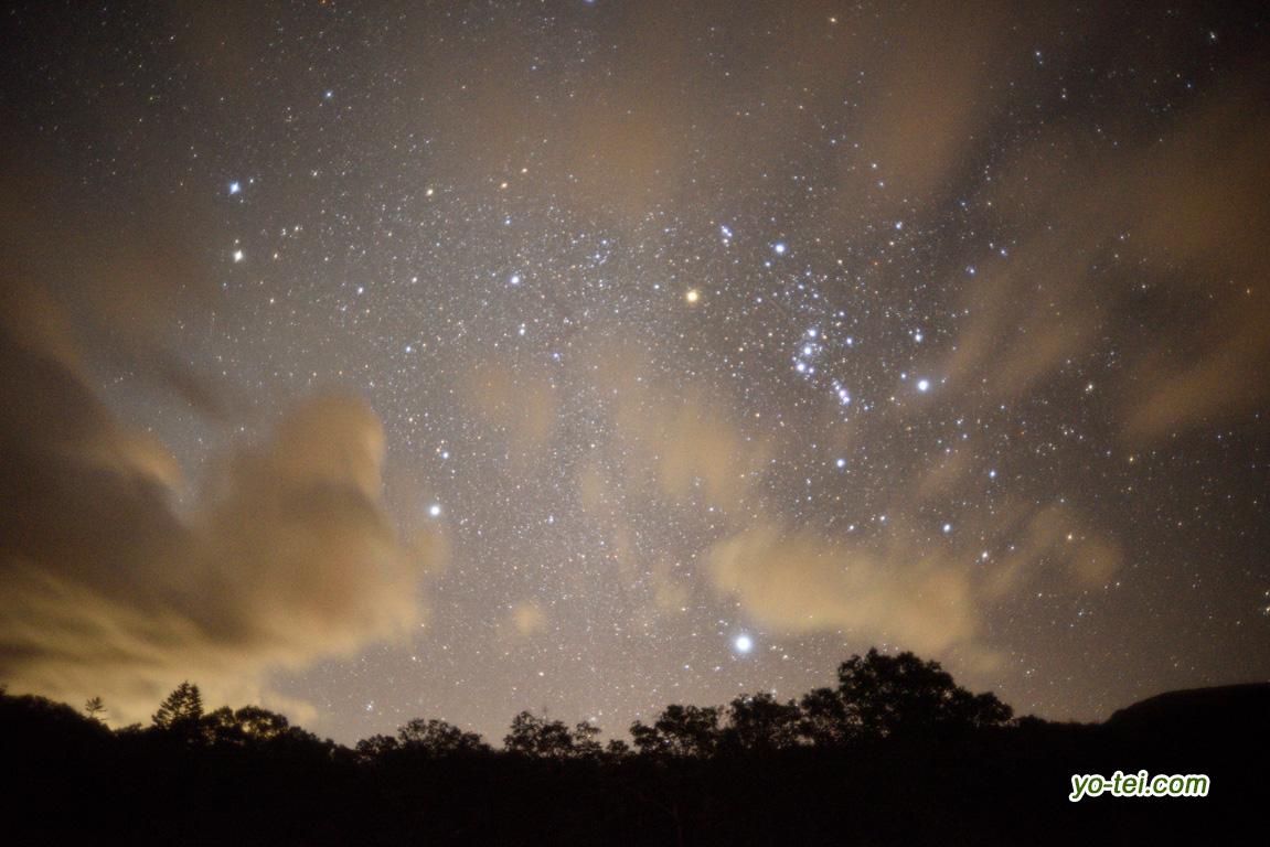 雲間の冬の大三角
