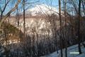 半月湖と羊蹄山