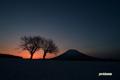 夜明け前~羊蹄山
