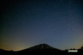撮影対象:羊蹄山と北の星空