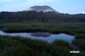 月夜の湿原とチセヌプリ