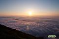 朝陽と雲海