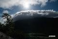 ニセコアンヌプリ上部を覆う雲と太陽