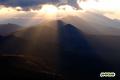 雲から漏れる光