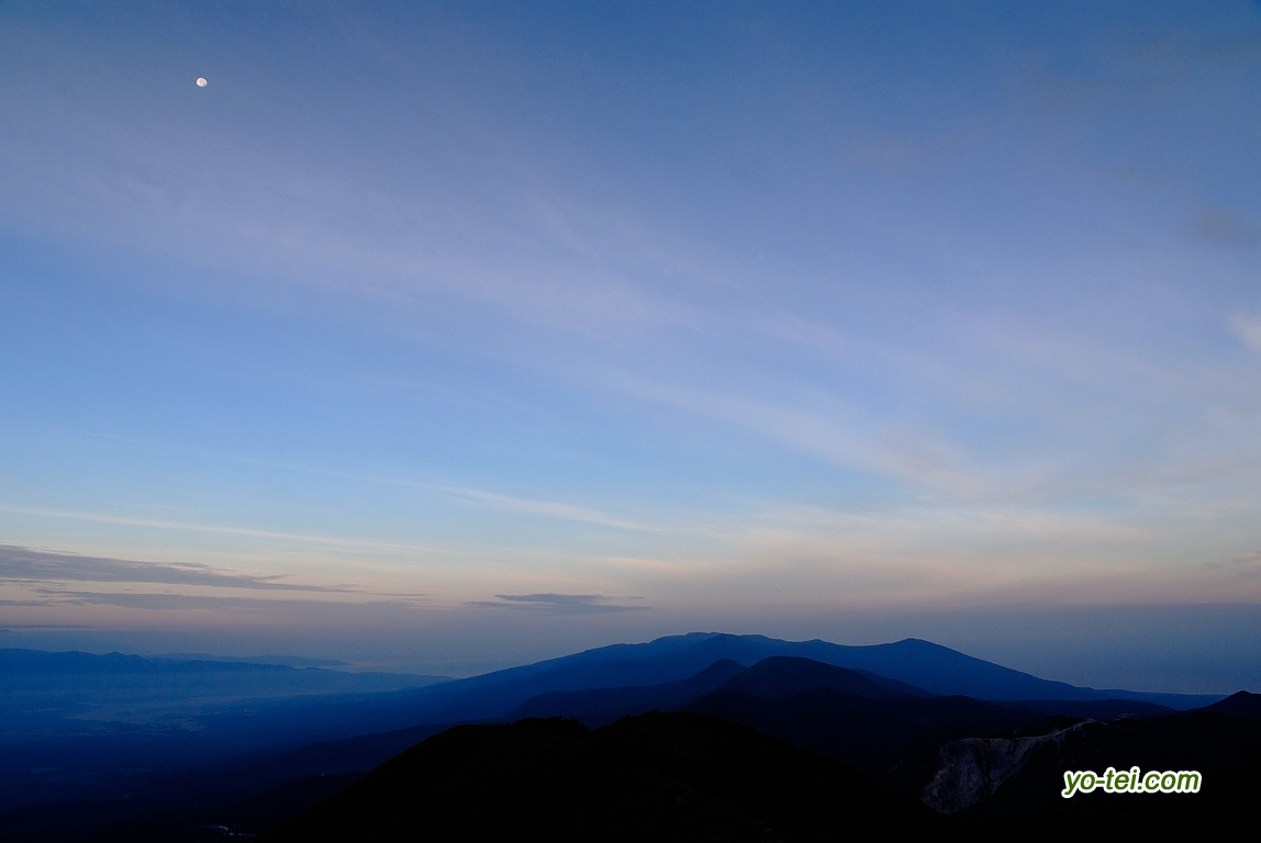 ニセコ連峰・残月