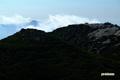 イワオヌプリ山頂と昆布岳